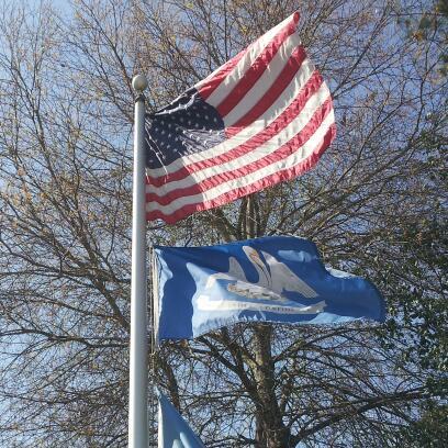 US & LA flags
