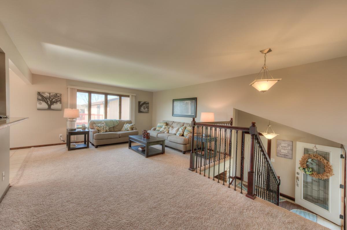Dyer Realtor, 2301 Boulder, Sandy Ridge, Bill Port, Rachel Port, 219-613-7527,  Home for Sale