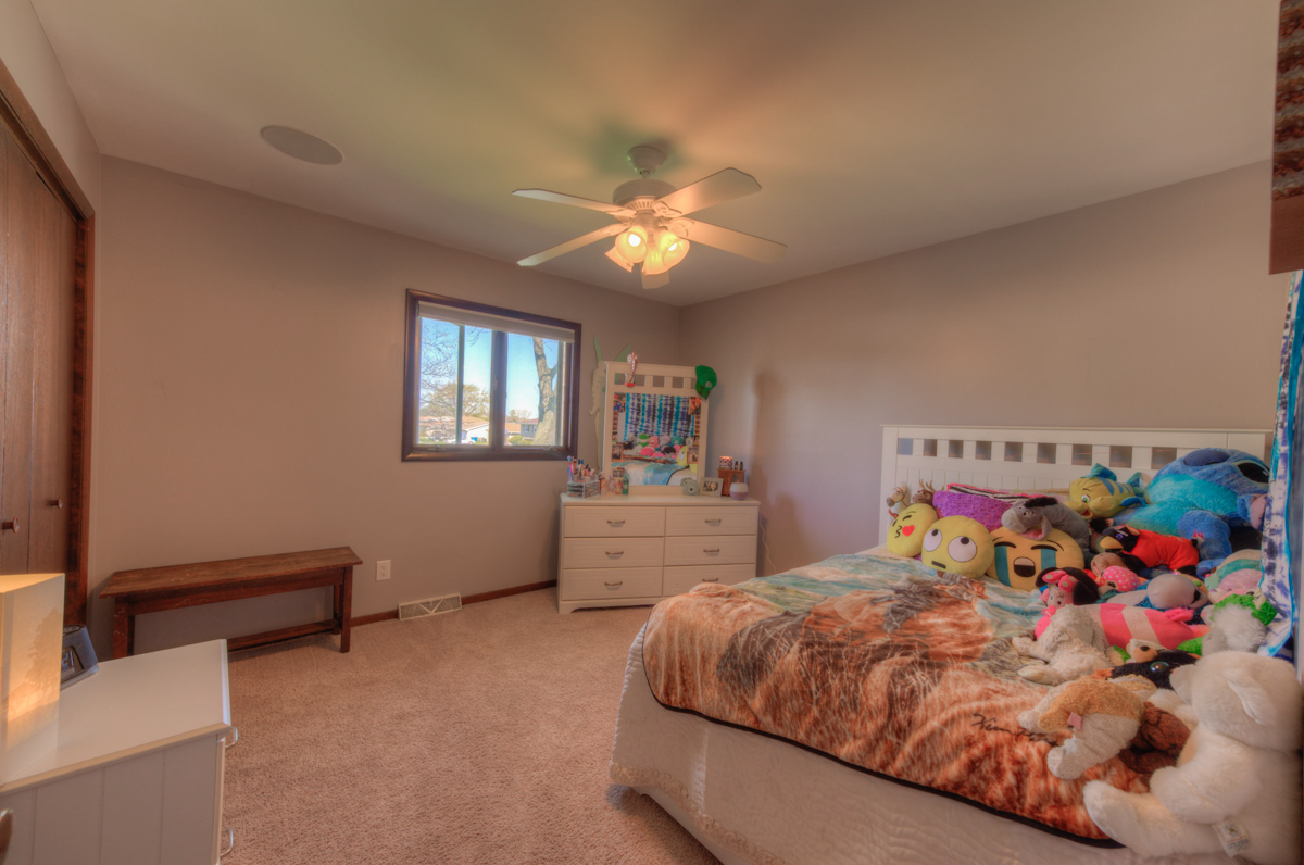 Dyer Realtor, 2301 Boulder, Sandy Ridge,  Bill Port, Rachel Port, 219-613-7527,