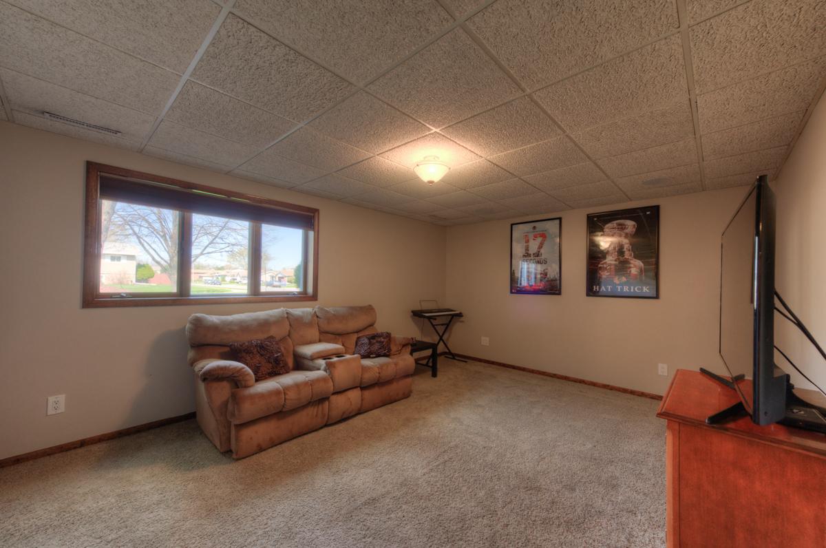 2301 Boulder Road, Sandy Ridge Subdivision, Dyer IN, Bill Port, Rachel Port, RE/MAX, 219-613-7527