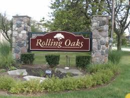 Rolling Oaks Sign