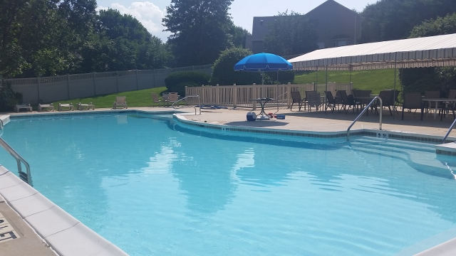 Community pool within The Knolls of Birmingham community.