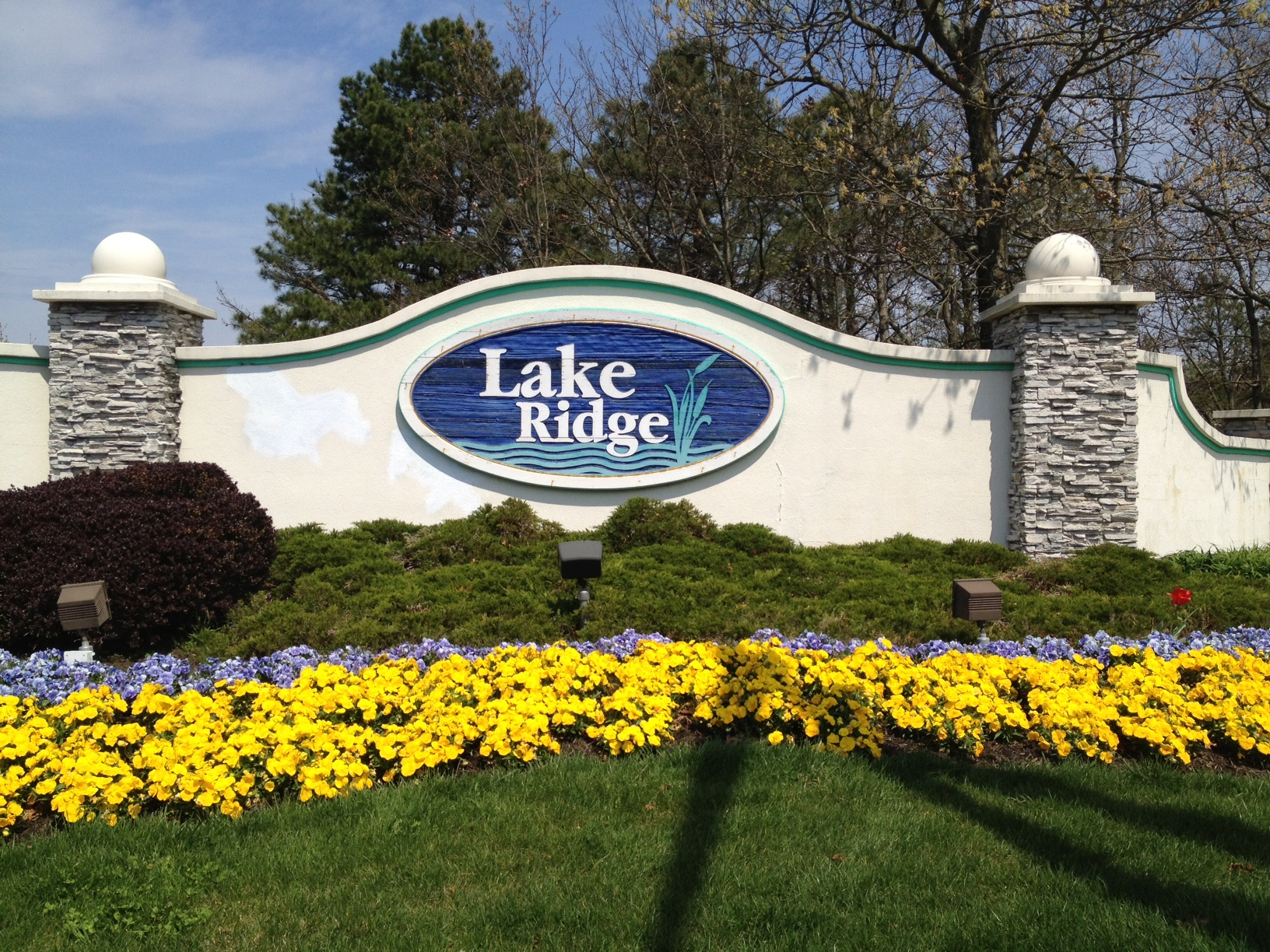 LAKE RIDGE GATED ACTIVE ADULT COMMUNITY LOCATED IN TOMS RIVER,NJ