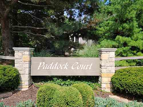 Entrance monument at Paddock Court