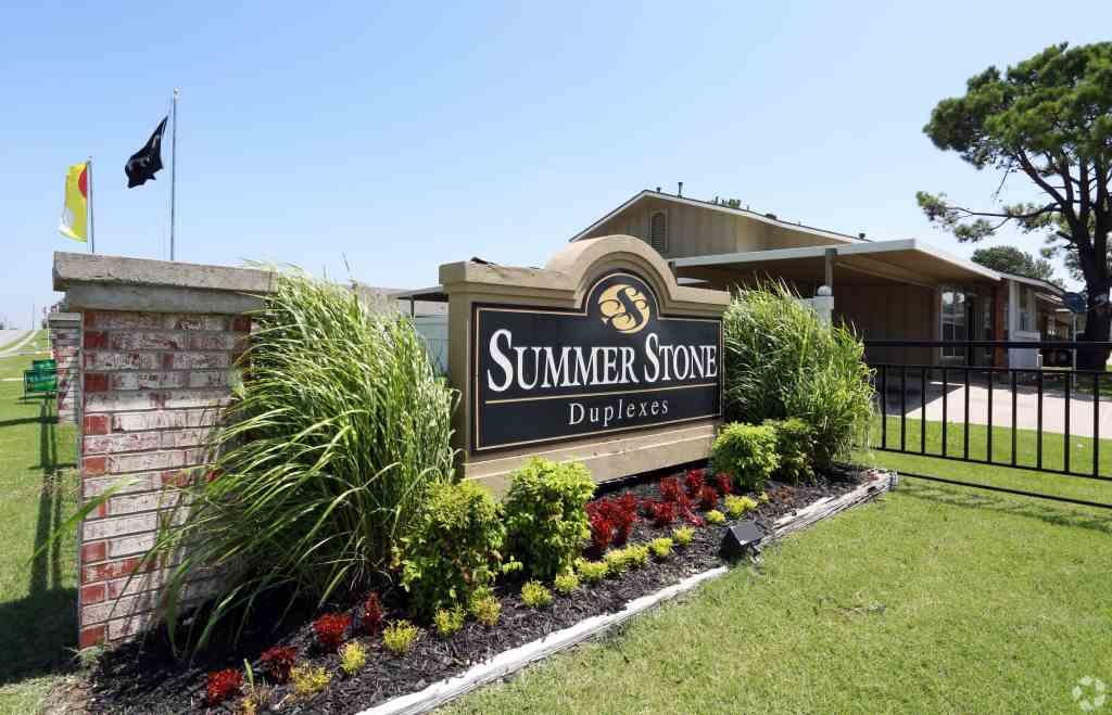 Summerstone Duplexes.jpg
