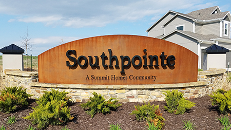 Entrance monument at Southpointe in OPKS