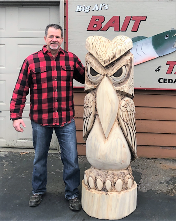 Owl Totem Pole Chainsaw Log carving, By Bill Port