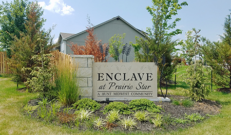 Entrance monument at Enclave at Prairie Star