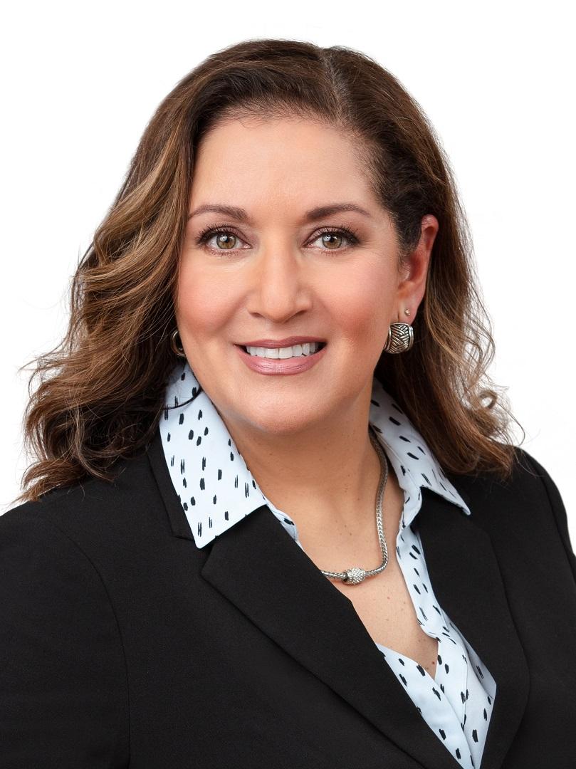 Cynthia-Del-Rio-Headshot.jpg