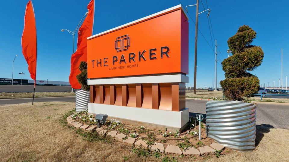 parker sign.jpg