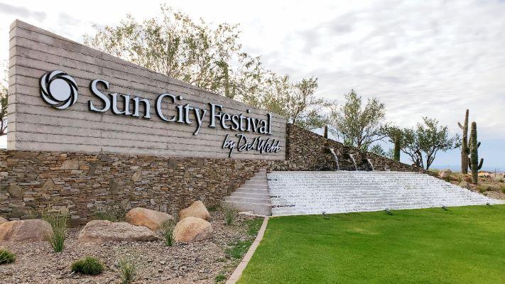 Sun City Festival Sign