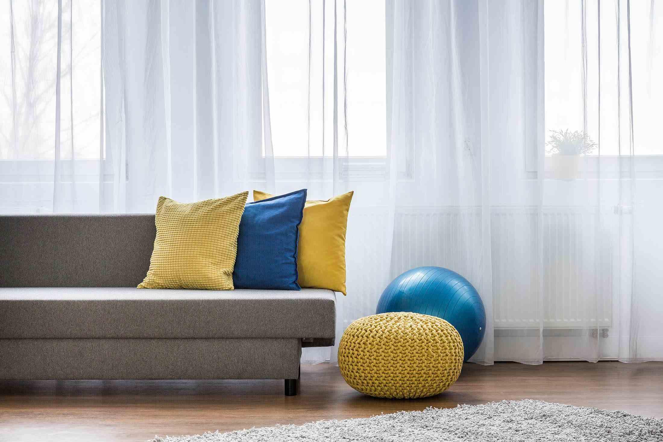 Home Interior Supplemental Photo
