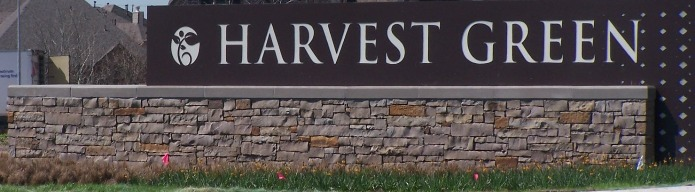 Harvest Green sign 2