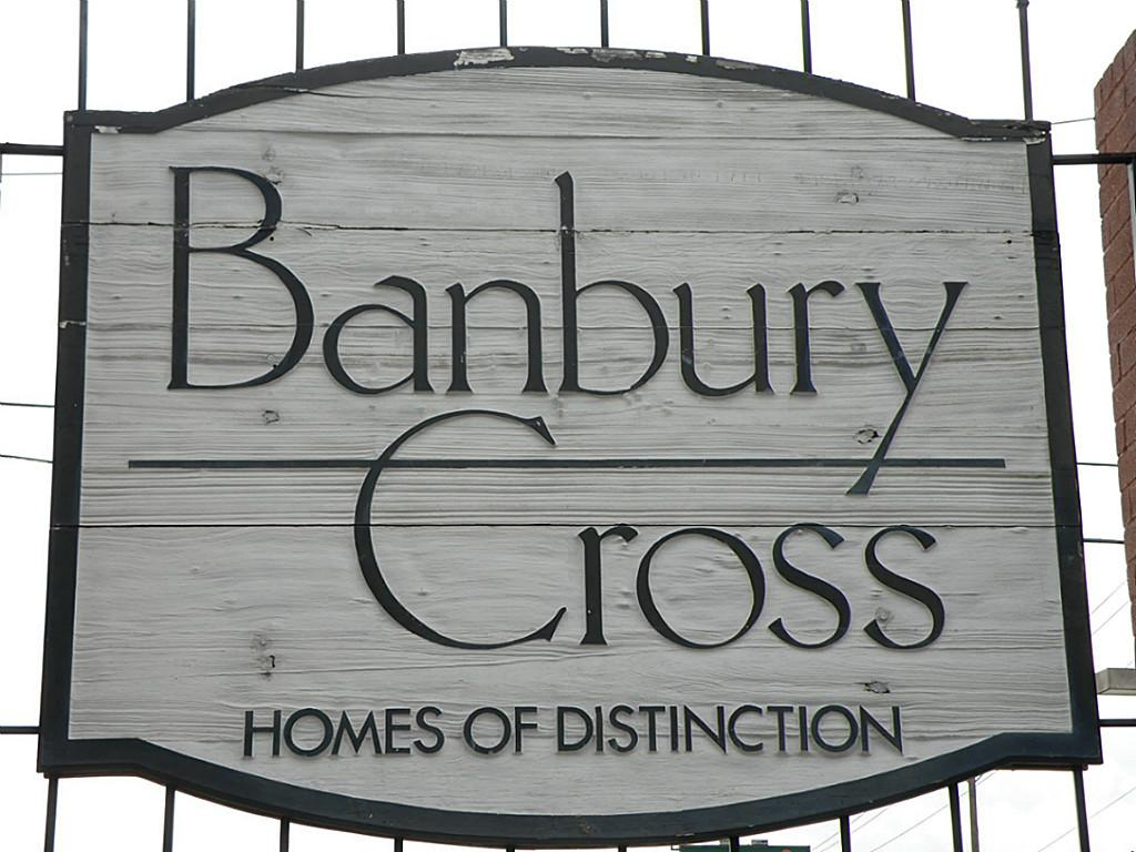 Banbury Cross Sign