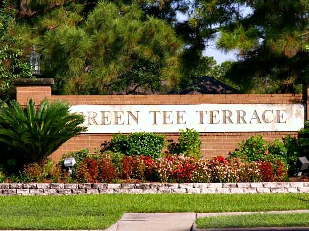 Green Tee Sign