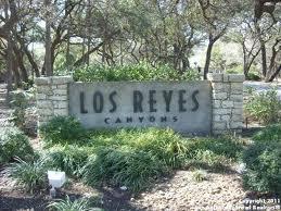 Los Reyes Entrance