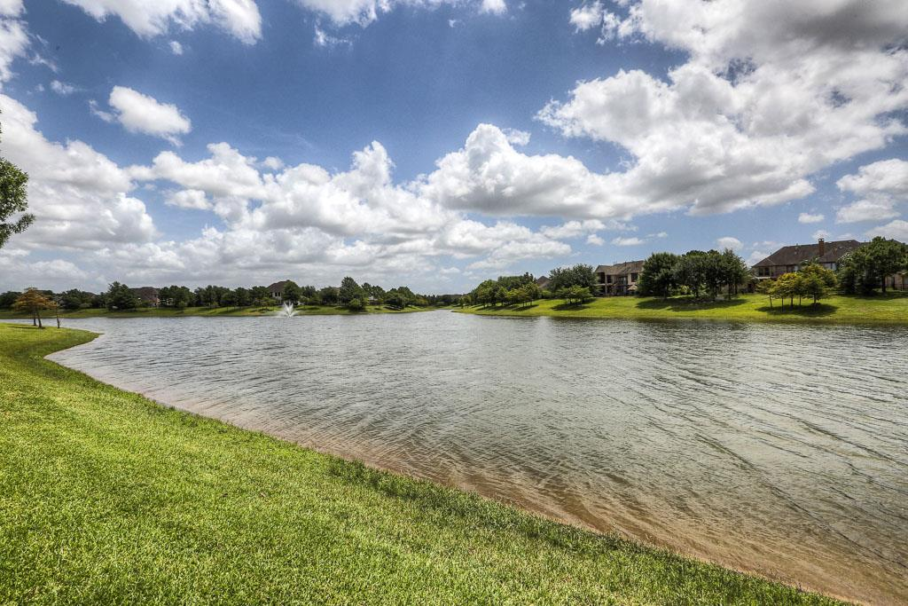 Pearland Lake Front Homes | MyPearlandHome /com