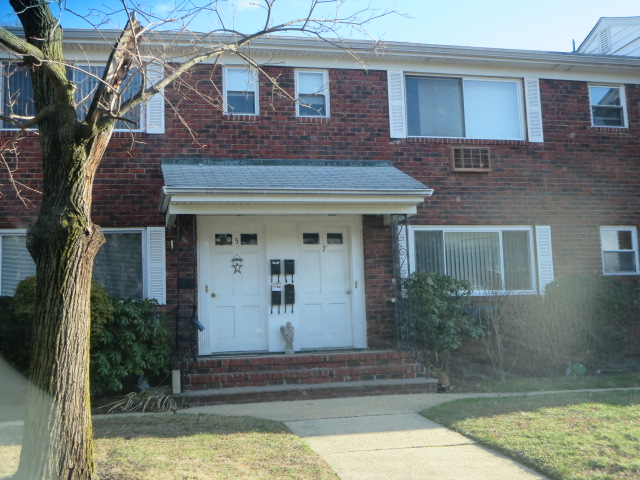 Laurel Gardens Eatontown Nj Condos And Co Ops For Sale