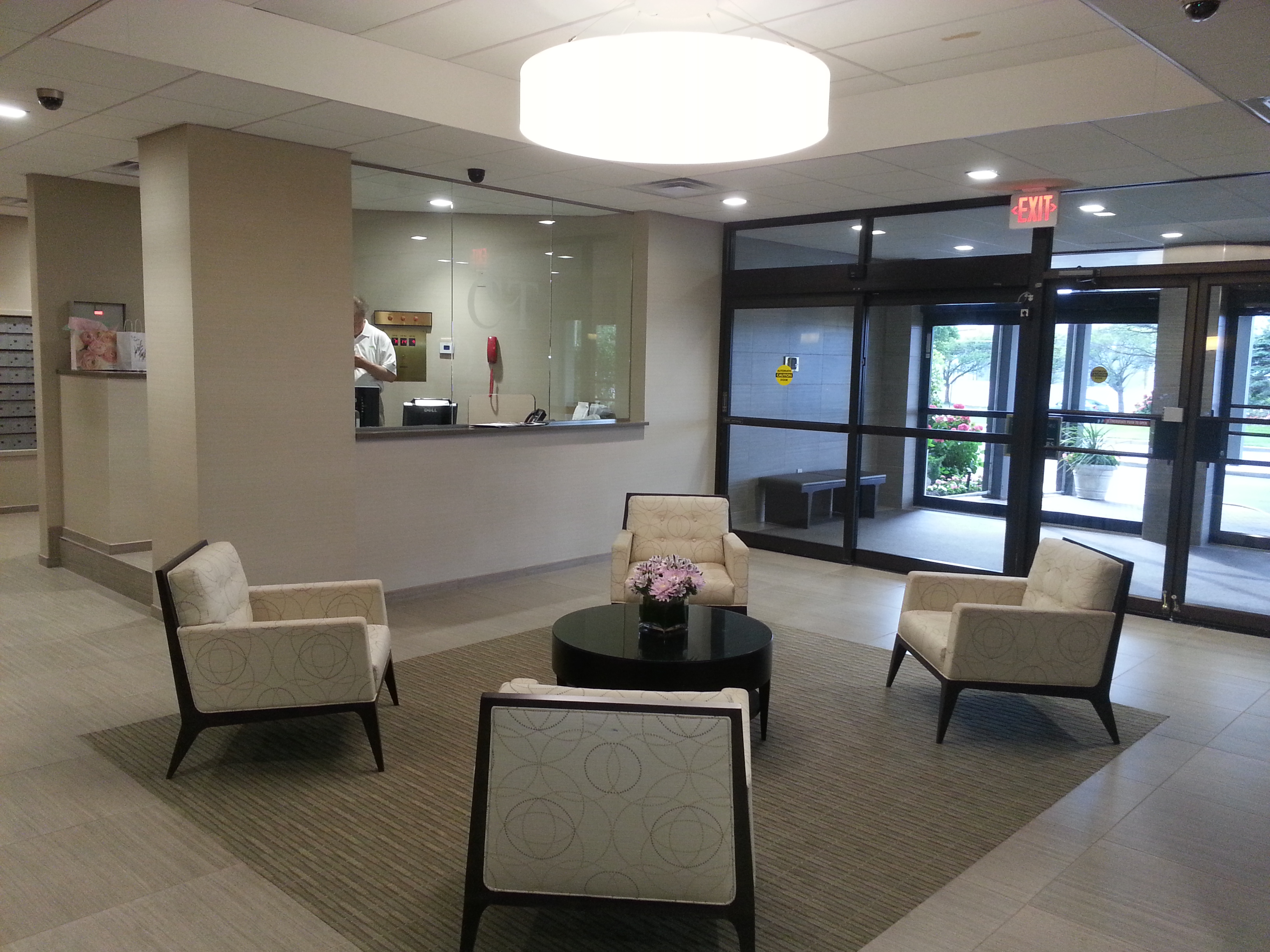 Recently remodeled, the lobby has a concierge desk manned 24 hours a day for optimum security.
