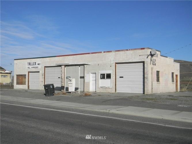 2505 Foster Creek Avenue, Bridgeport, WA 98813