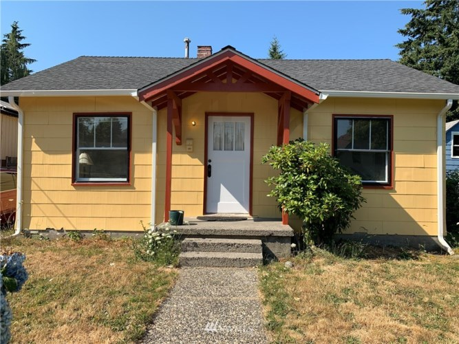 1420 Langridge Avenue NW, Olympia, WA 98502