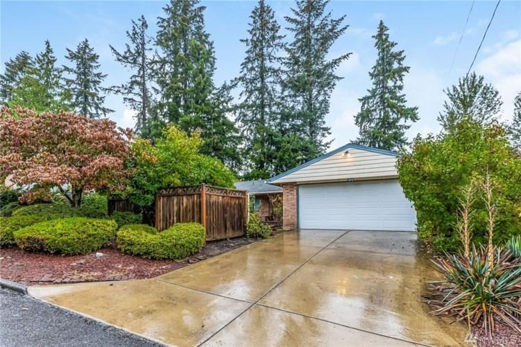 1216 172nd Avenue NE, Bellevue, WA 98008