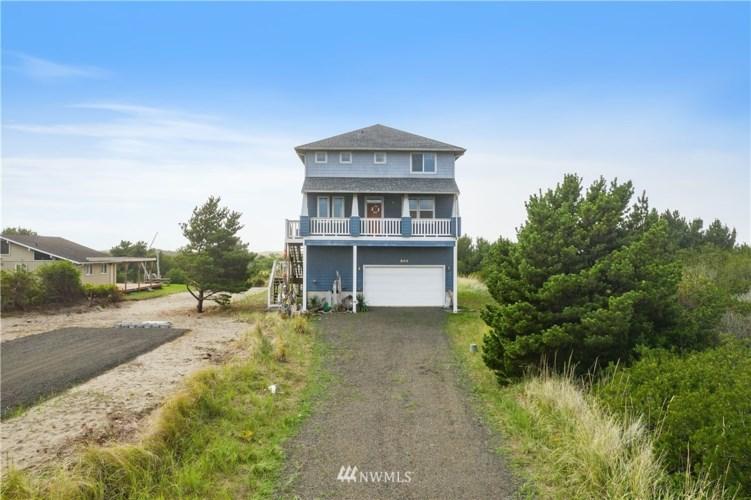 899 S Sand Dune Avenue SW, Ocean Shores, WA 98569