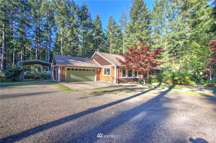461 E Burgundy Road, Shelton, WA 98584