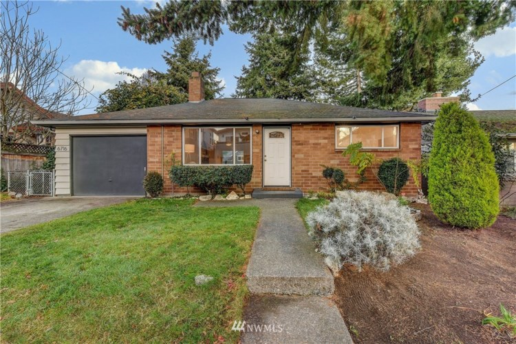 6716 23rd Avenue NW, Seattle, WA 98117