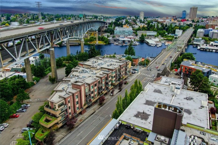 3217 Eastlake Avenue E #302, Seattle, WA 98102