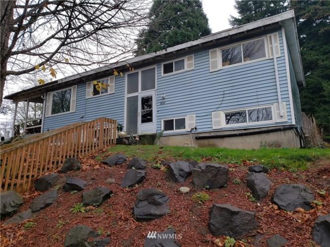 7506 21st Avenue SW, Seattle, WA 98106