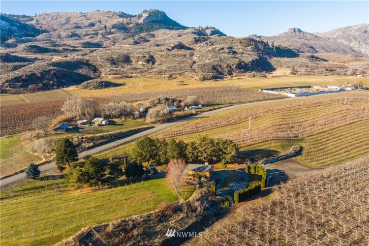 1836 Highway 7, Oroville, WA 98844