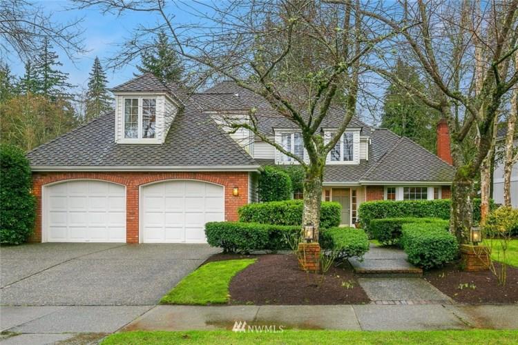 17149 SE 47th Place, Bellevue, WA 98006