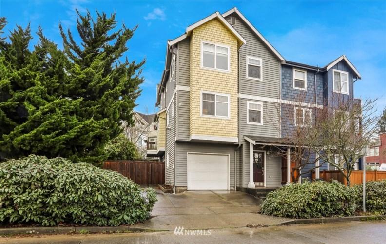 8379 31st Avenue NW, Seattle, WA 98117
