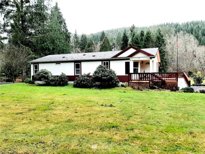 423 Pigeon Springs Road, Onalaska, WA 98570