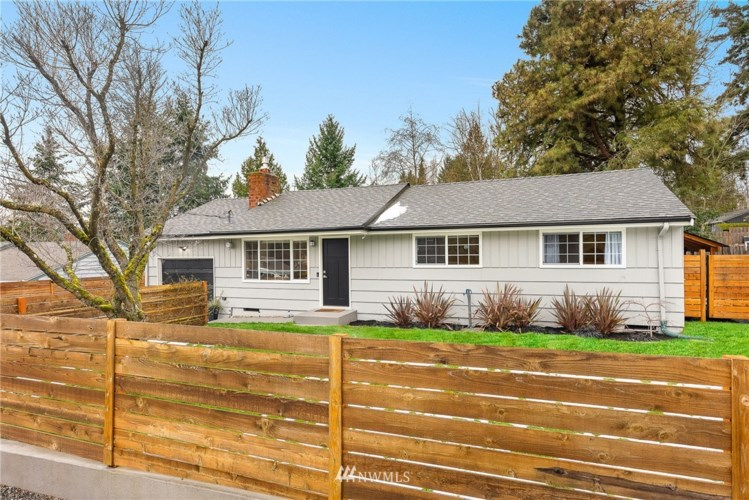 20325 22nd Avenue NE, Shoreline, WA 98155
