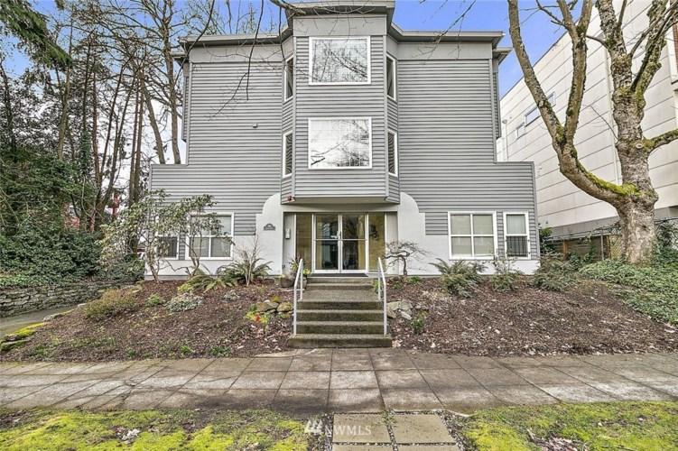 1115 16th Avenue #3, Seattle, WA 98122