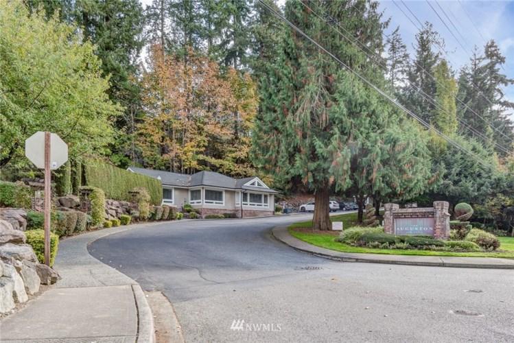 16101 Bothell Everett Hwy #B303, Mill Creek, WA 98012