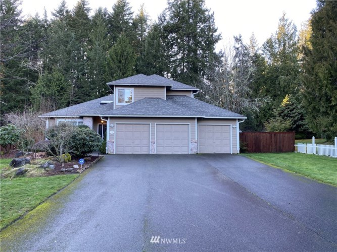 5184 Upton Park Place SE, Port Orchard, WA 98367