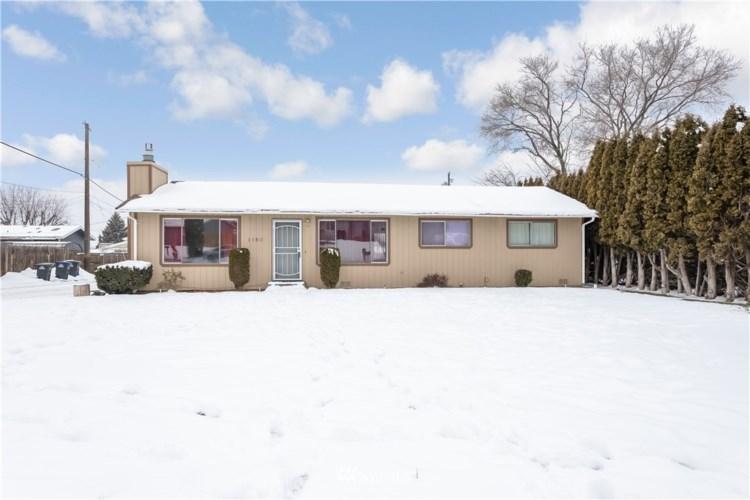 1180 Ashcroft Pl, Moses Lake, WA 98837
