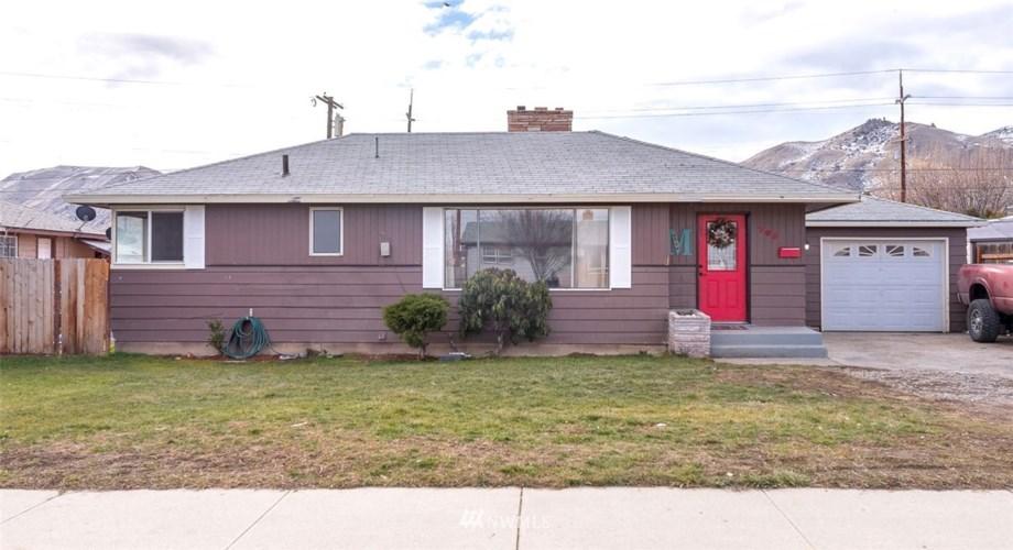 705 Schons Place, Wenatchee, WA 98801