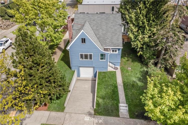 4402 40th Avenue SW, Seattle, WA 98116