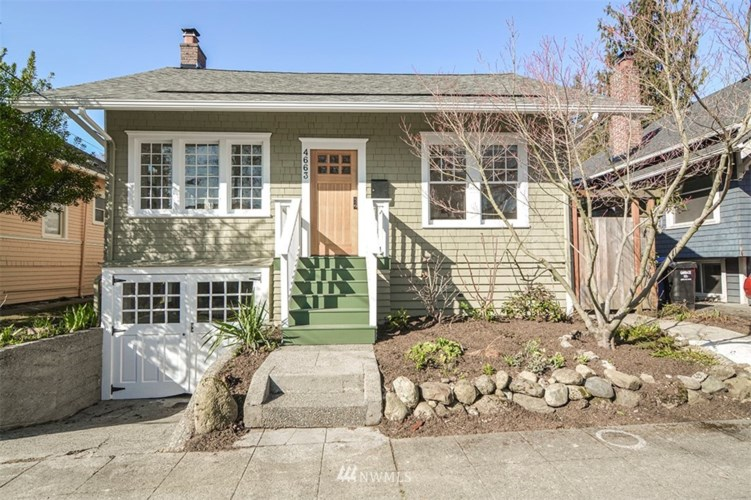 4663 1St. Avenue NE, Seattle, WA 98105