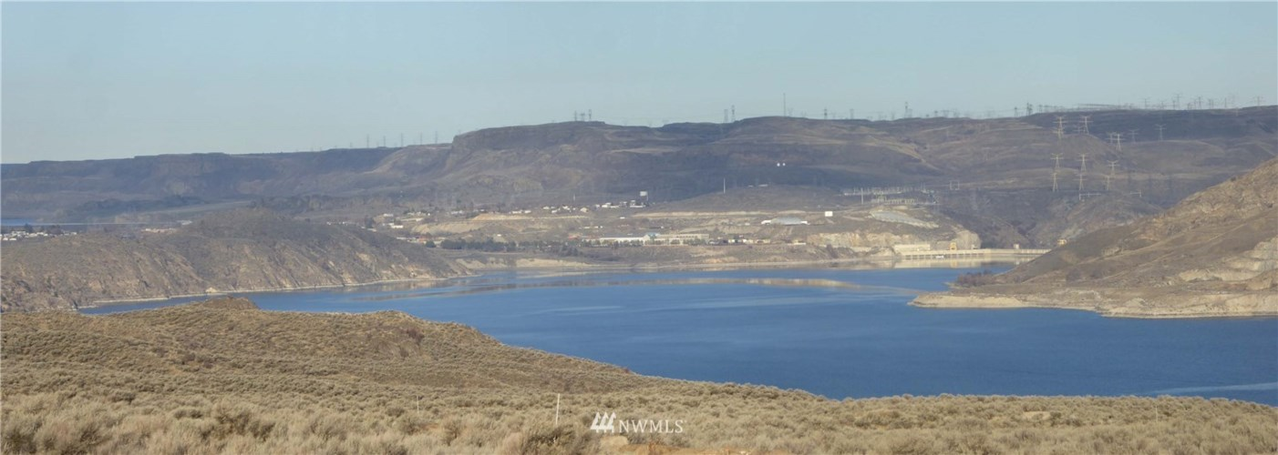 3590 Spring Canyon Road E, Grand Coulee, WA 99133