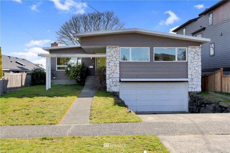3322 38th Avenue W, Seattle, WA 98199
