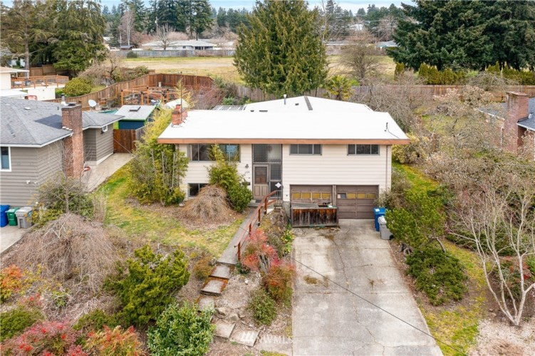 2926 NE 5th Place, Renton, WA 98056