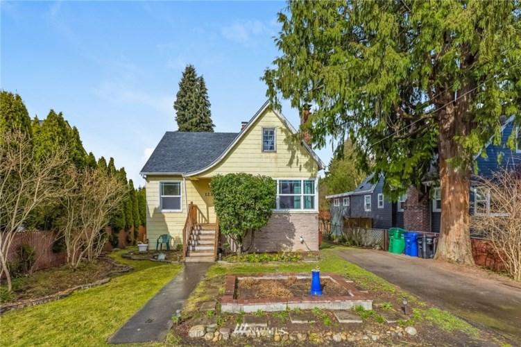 1234 NE 100th Street, Seattle, WA 98125
