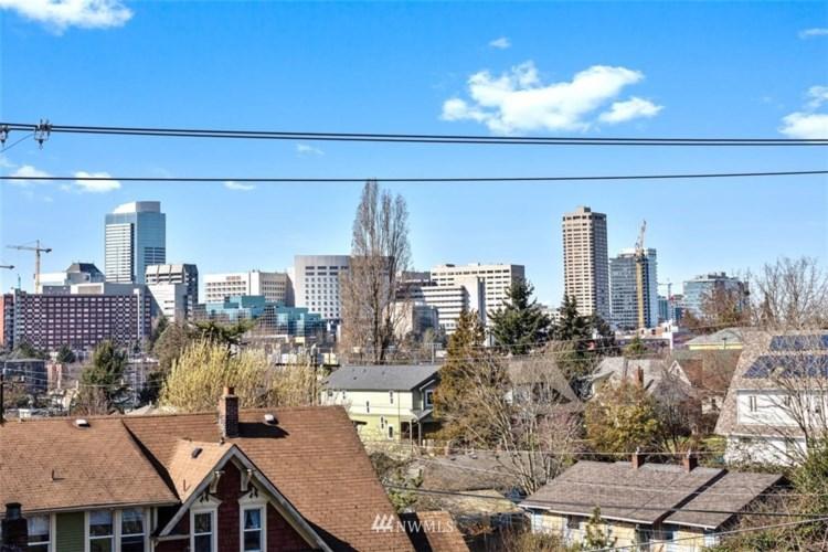 1808 E Spruce Street, Seattle, WA 98122