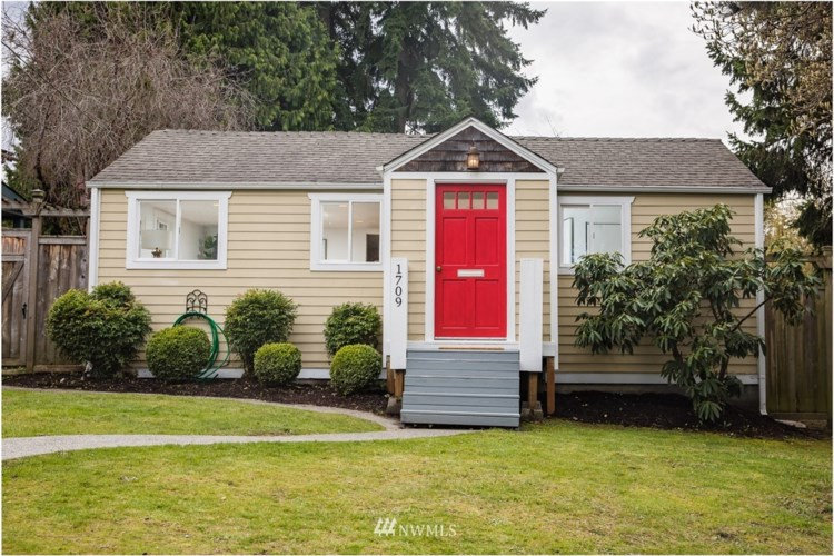 1709 SW Webster Street, Seattle, WA 98106