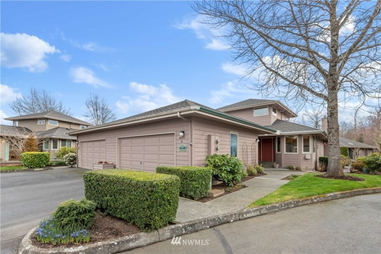 4877 N Village Lane #B, Bellingham, WA 98226